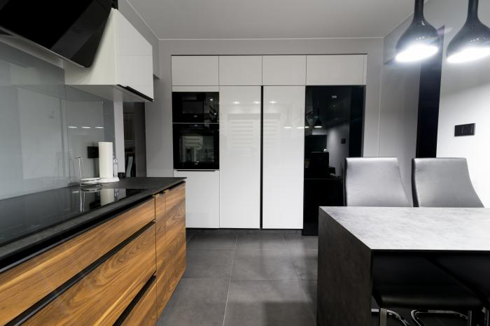 Kitchen - high gloss