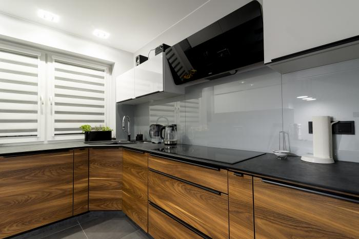 Kitchen - high gloss (white)